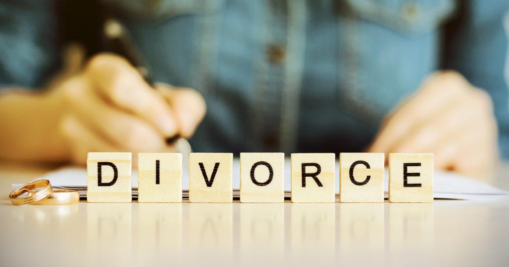 Are you Seeking a Fast, Cheap Divorce? – Beware!